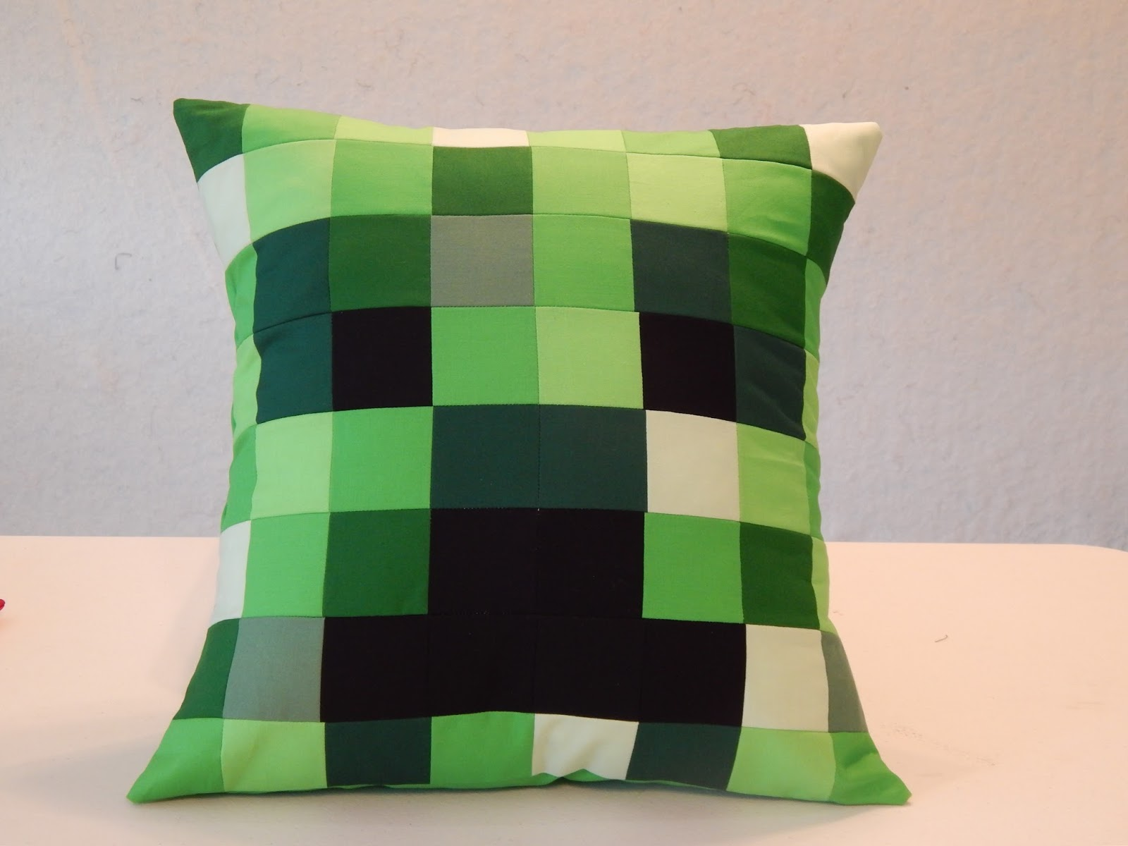 The Fleming's Nine: Minecraft Quilt, New Blocks, and a Pillow