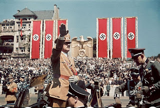 Adolf Hitler saluting troops 1939 worldwartwo.filminspector.com