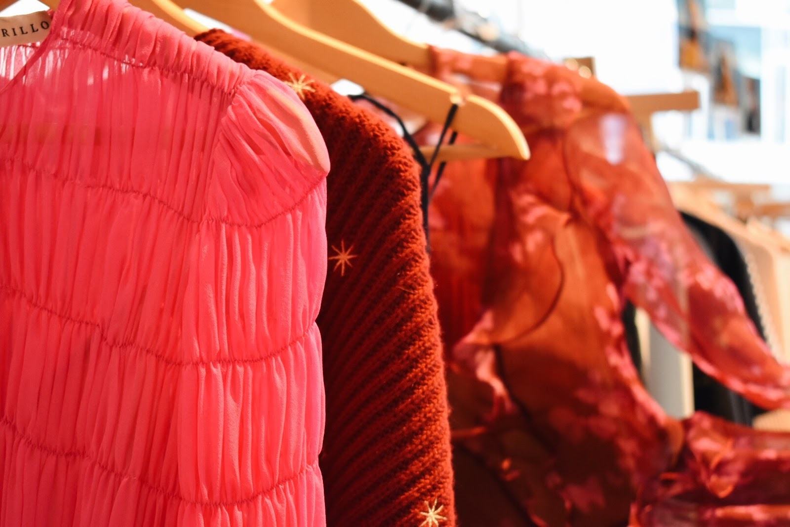 How to Navigate Milan Fashion Week