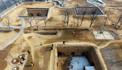 Kota dengan penduduk tinggal di bawah tanah