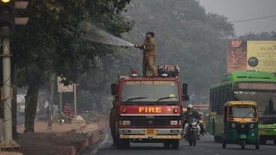 दिल्ली में वायु प्रदूषण फिर बेहद खतरनाक स्तर पर पहुंच गया है