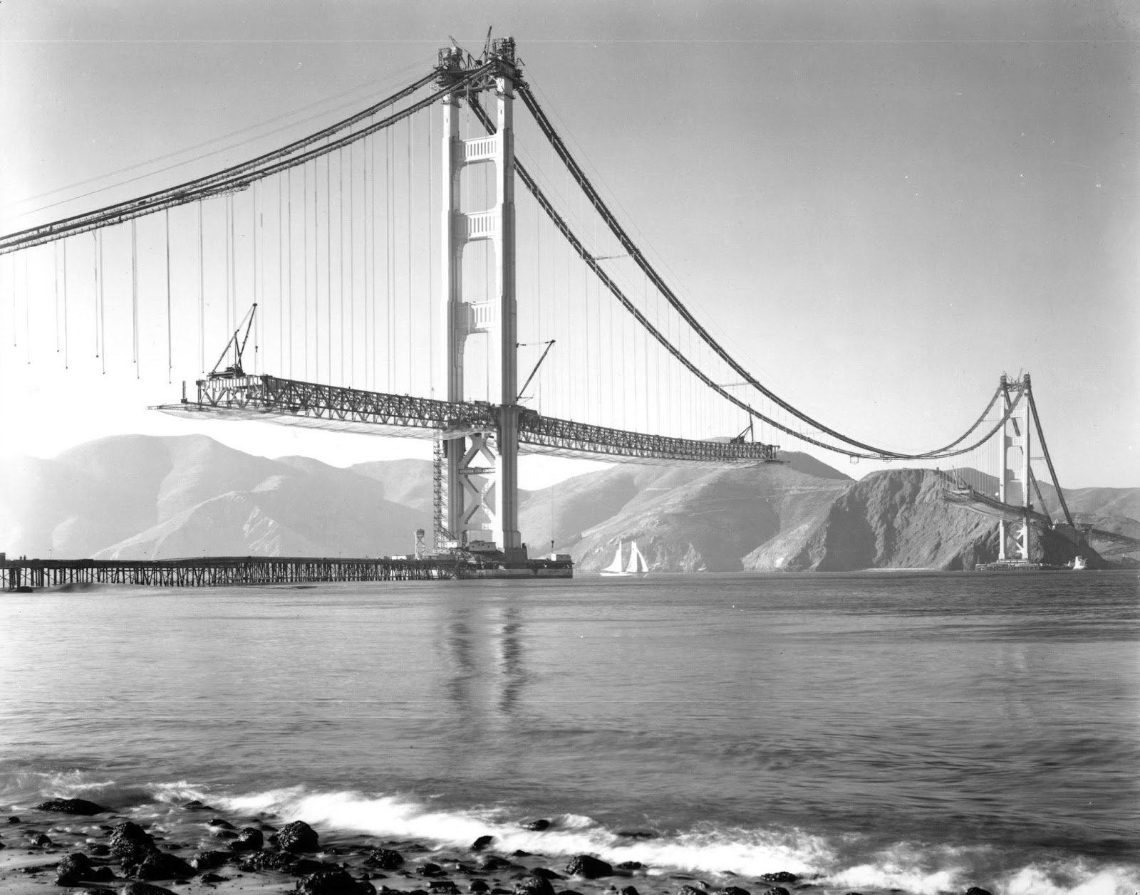 19 Historical Photos Of The World S Most Iconic Landmarks