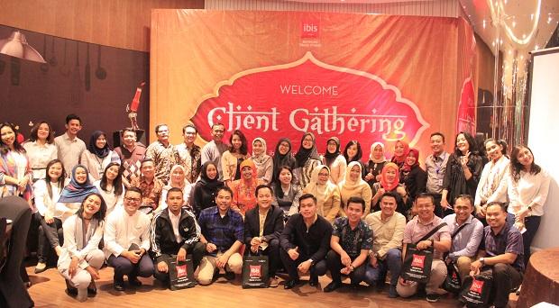 Jalin Silaturahmi Bersama ibis Bandung Trans Studio