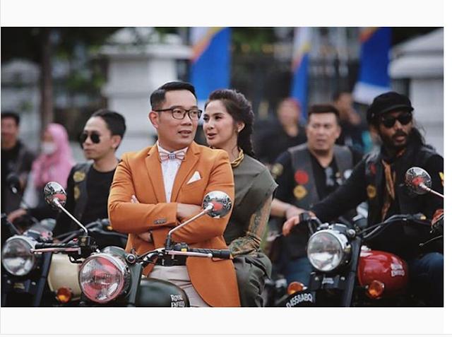 Duh! Zaenab 'Ditelantarkan' Si Doel dan Diantar Pulang Ridwan Kamil Nih