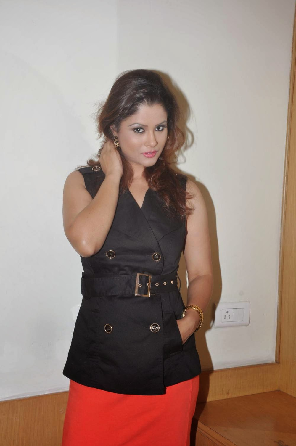 Anchor Shilpa Chakravarthy Latest Cute Hot Spicy Photos Gallery At Ramleela Movie Trailer Launch