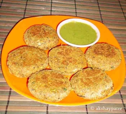 chawli tikki in a serving plate