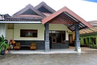 Homestay Batu Malang Fasilitas 4 kamar Tidur Terdekat Wisata BNS