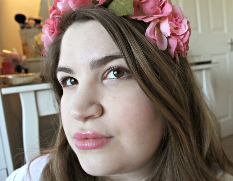 Tanya Burr Lipgloss in Picnic In The Park