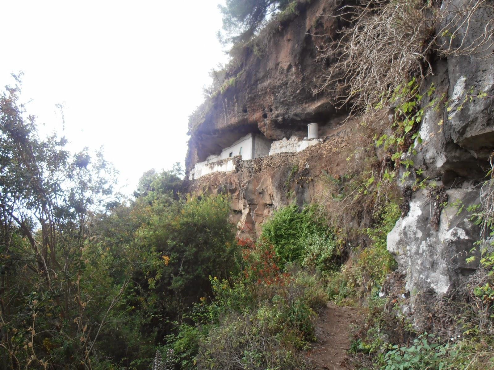 Cuevas en el Camino de Doramas