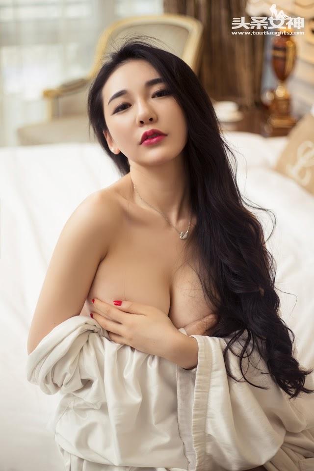 Sexy Chinese Girl: Big Tits Nude: Goddess No.024 Model 耿珊珊