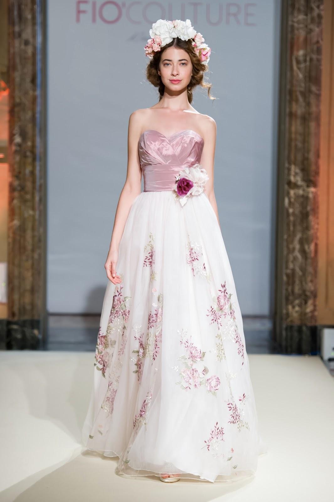 dfbcd238ba48 abito da sposa stampa fiori rosa di Fiò Couture.