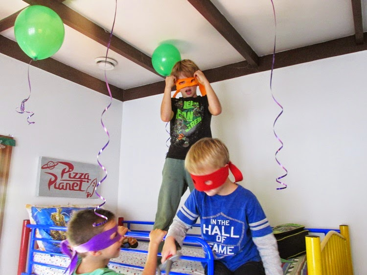 TMNT Party decor - faux helium balloons