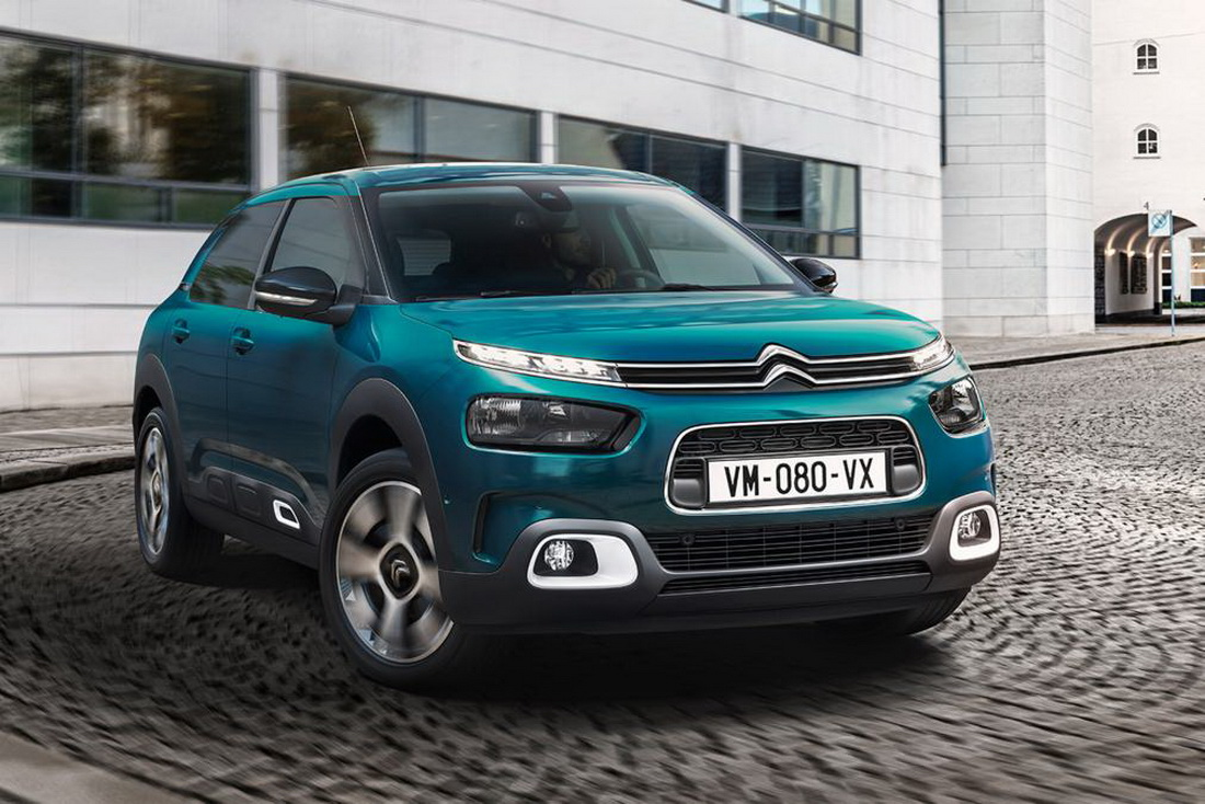 2018 citroen c4 cactus goes on sale in uk featuring new hydraulic suspension carscoops. Black Bedroom Furniture Sets. Home Design Ideas