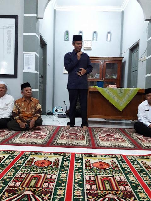 Wawako Genius Umar Penuhi Undangan Masyarakat Buka Bersama di Mushalla Baiturrahim Kampung Baru Padusunan