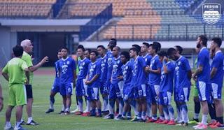 Persib Bandung Bawa 18 Pemain ke Markas Mitra Kukar