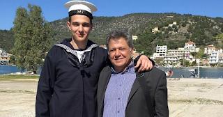 Περήφανος μπαμπάς ο Γιώργος Παρτσαλάκης: Καμάρωσε τον γιο του στην ορκωμοσία στο Ναυτικό