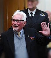 Σε ηλικία 101 ετών έφυγε από τη ζωή στις 18/12/2015 το τελευταίο μέλος του πληρώματος του θρυλικού υποβρυχίου «Παπανικολής», ο Νικόλαος Τασιάκος. Γεννημένος στις 9 Αυγούστου 1915, είχε τιμηθεί με τον «Σταυρό Αξίας και Τιμής Α' Τάξεως»