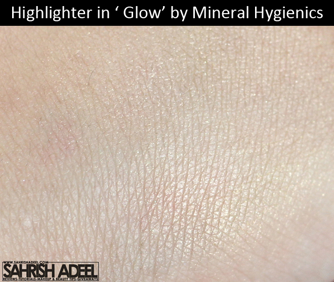 Highlighter in 'Glow' by Mineral Hygienics - Review & Swatch