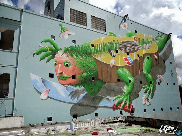 """Iguana Cuatro"" New Street Art Mural By Liqen For Los Muros Hablan 2013 in San Juan, Puerto Rico. 8"