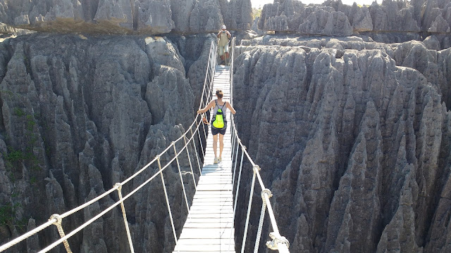 tsingy bemaraha grande suspension bridge