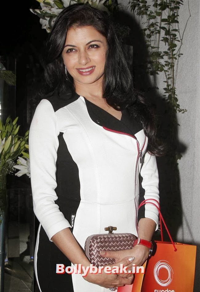 Bhagyashree, Simone Khan Birthday Bash Pics