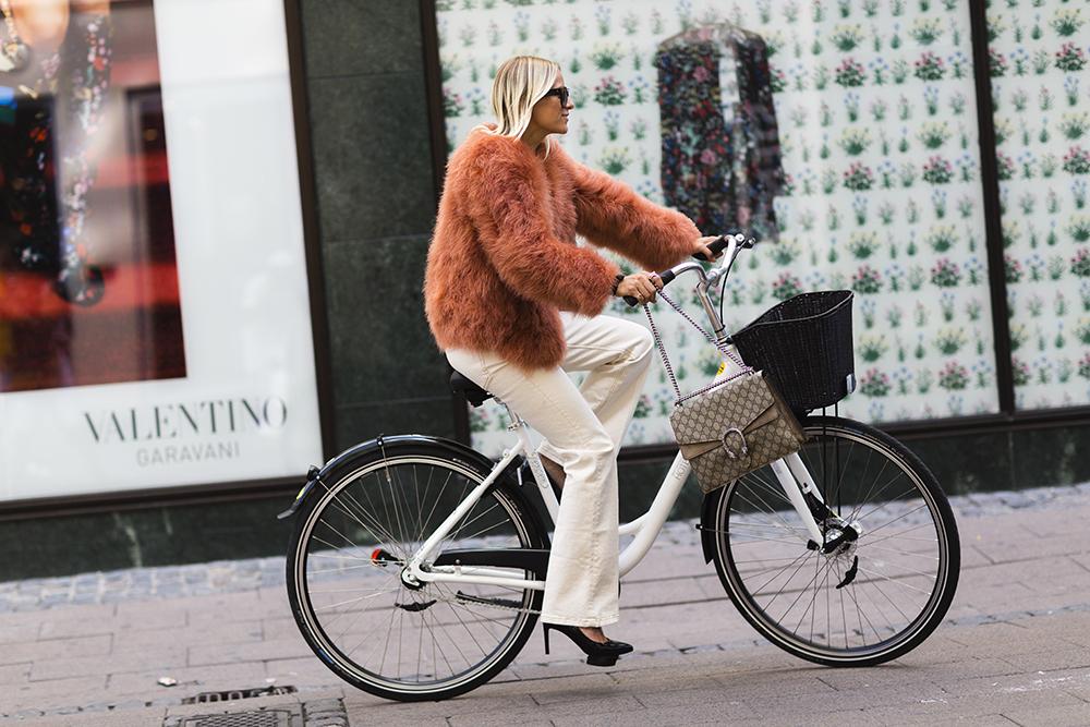 come vestirsi per andare in bicicletta