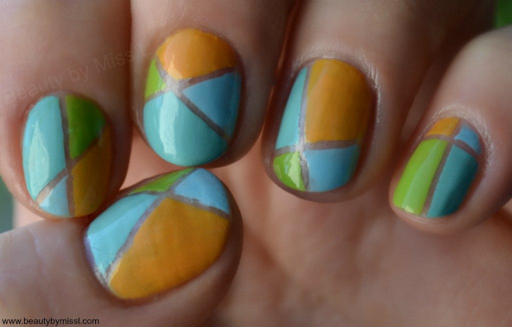 pastel geometic nail art