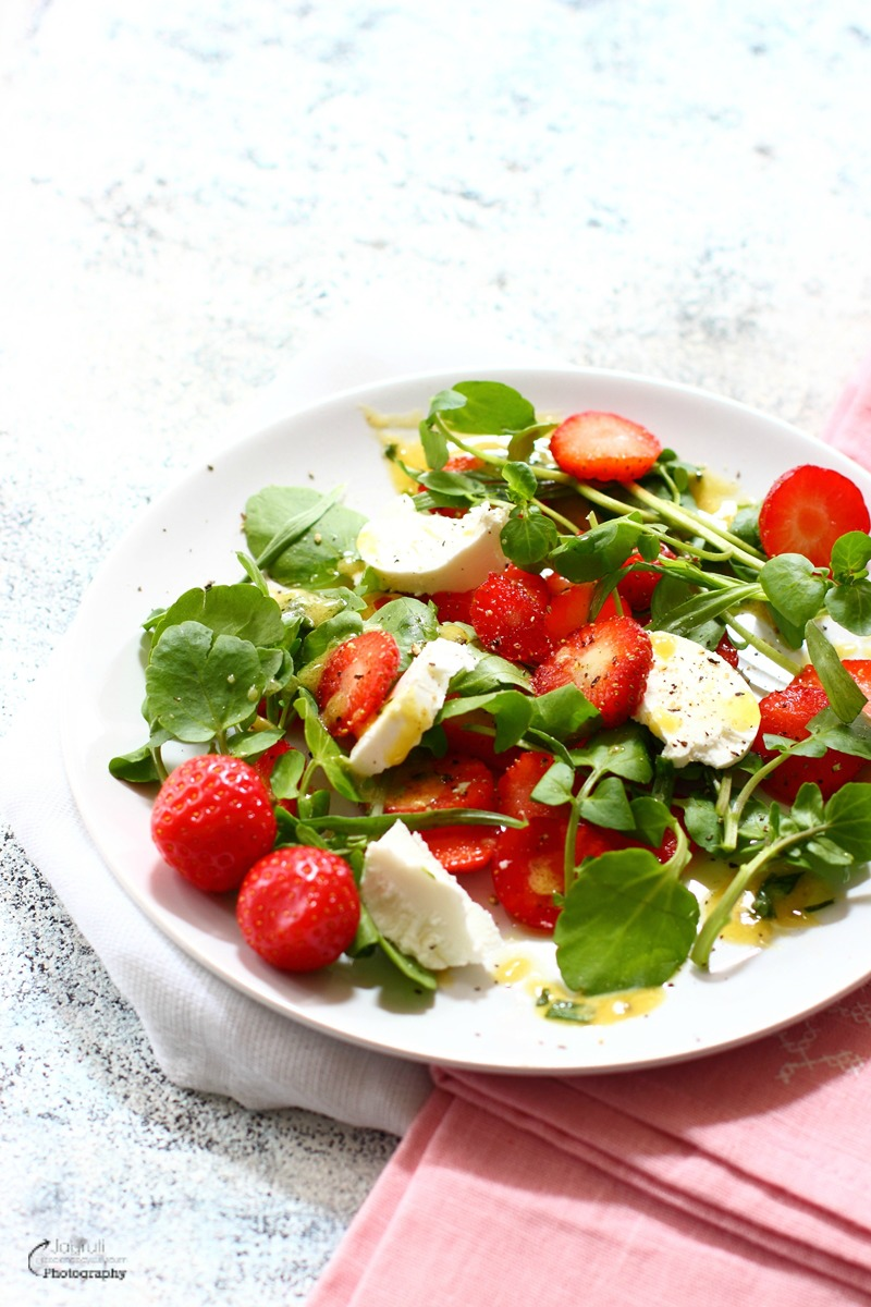Strawberry, Goat Cheese and Watercress Salad with Tarragon and Dijon Mustard Vinaigrette