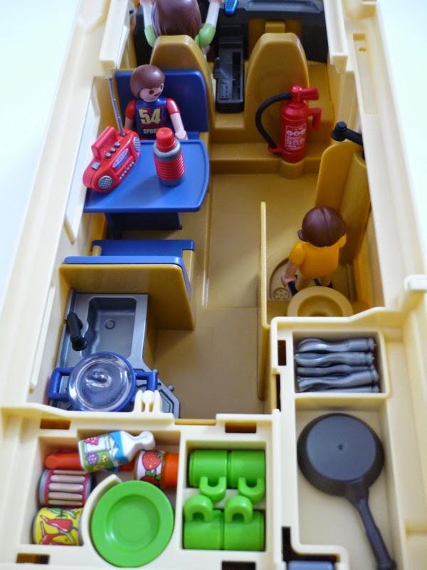 la bo te bazar camping car playmobil 3647. Black Bedroom Furniture Sets. Home Design Ideas