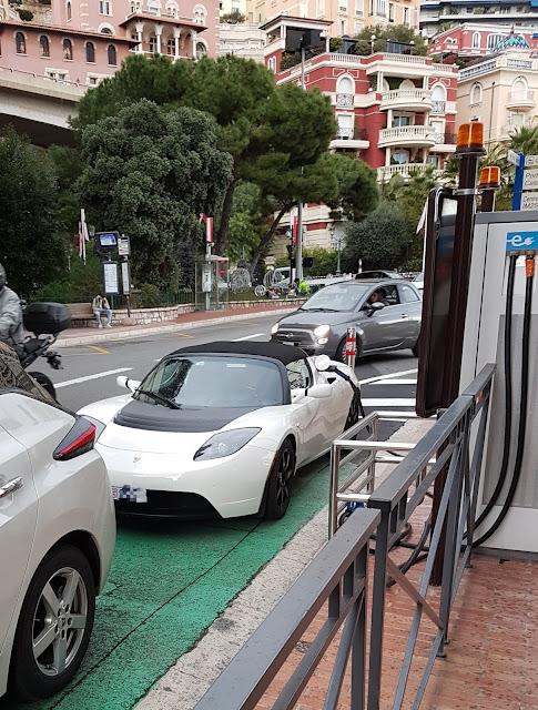 Tesla Roadster in Monaco