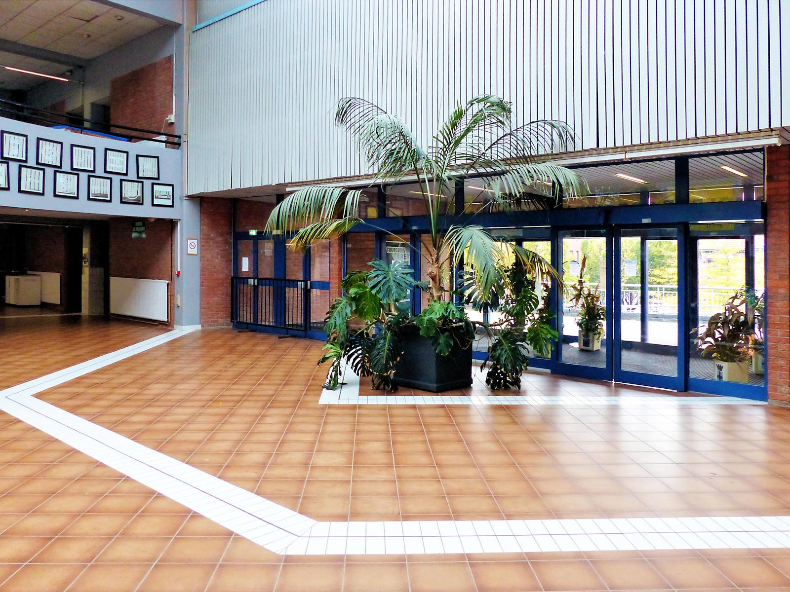 Le hall d'accueil principal de Léo Lagrange Tourcoing