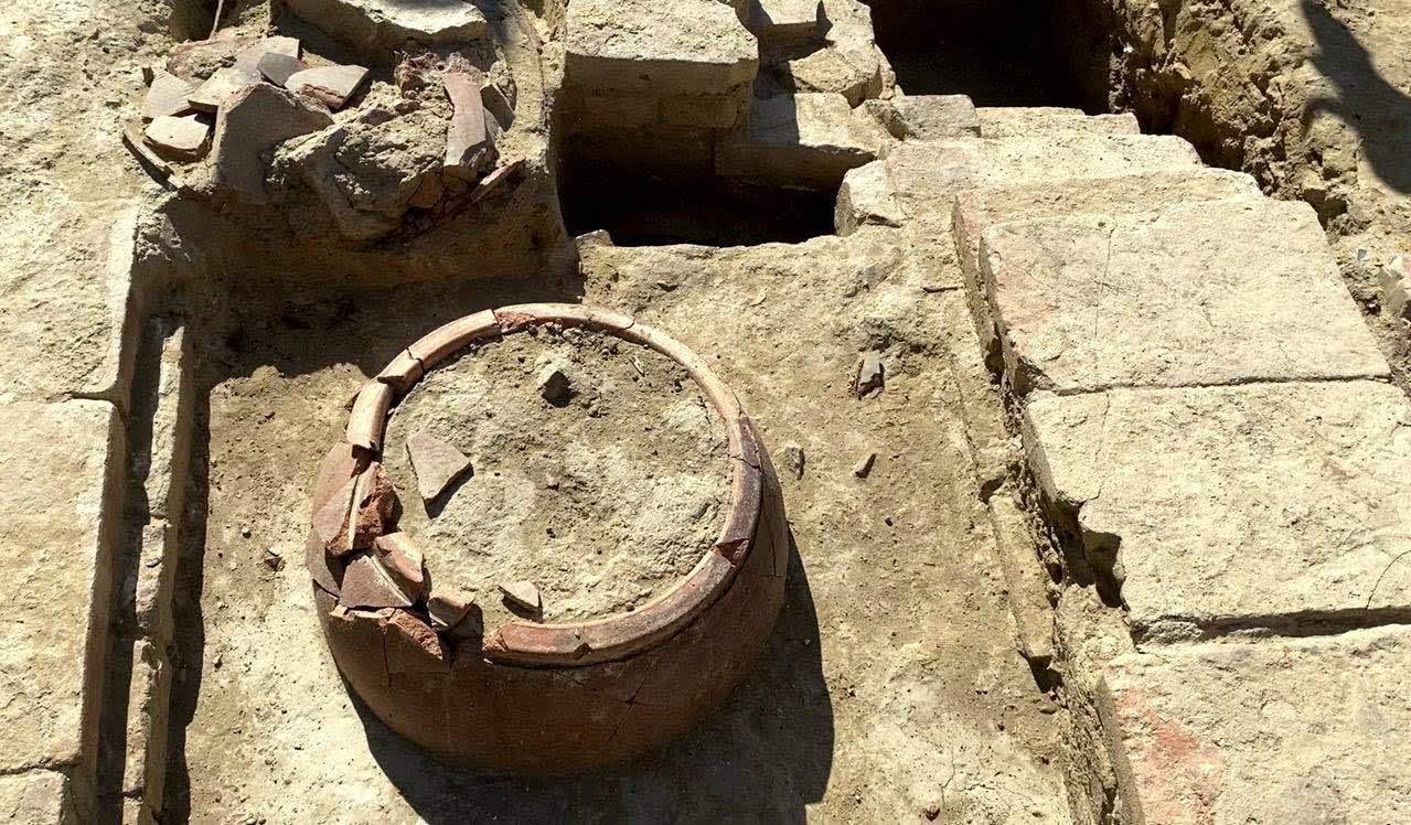 赤崁樓挖出大量遺跡|學者呼籲:要地上遺跡、不要地下停車場