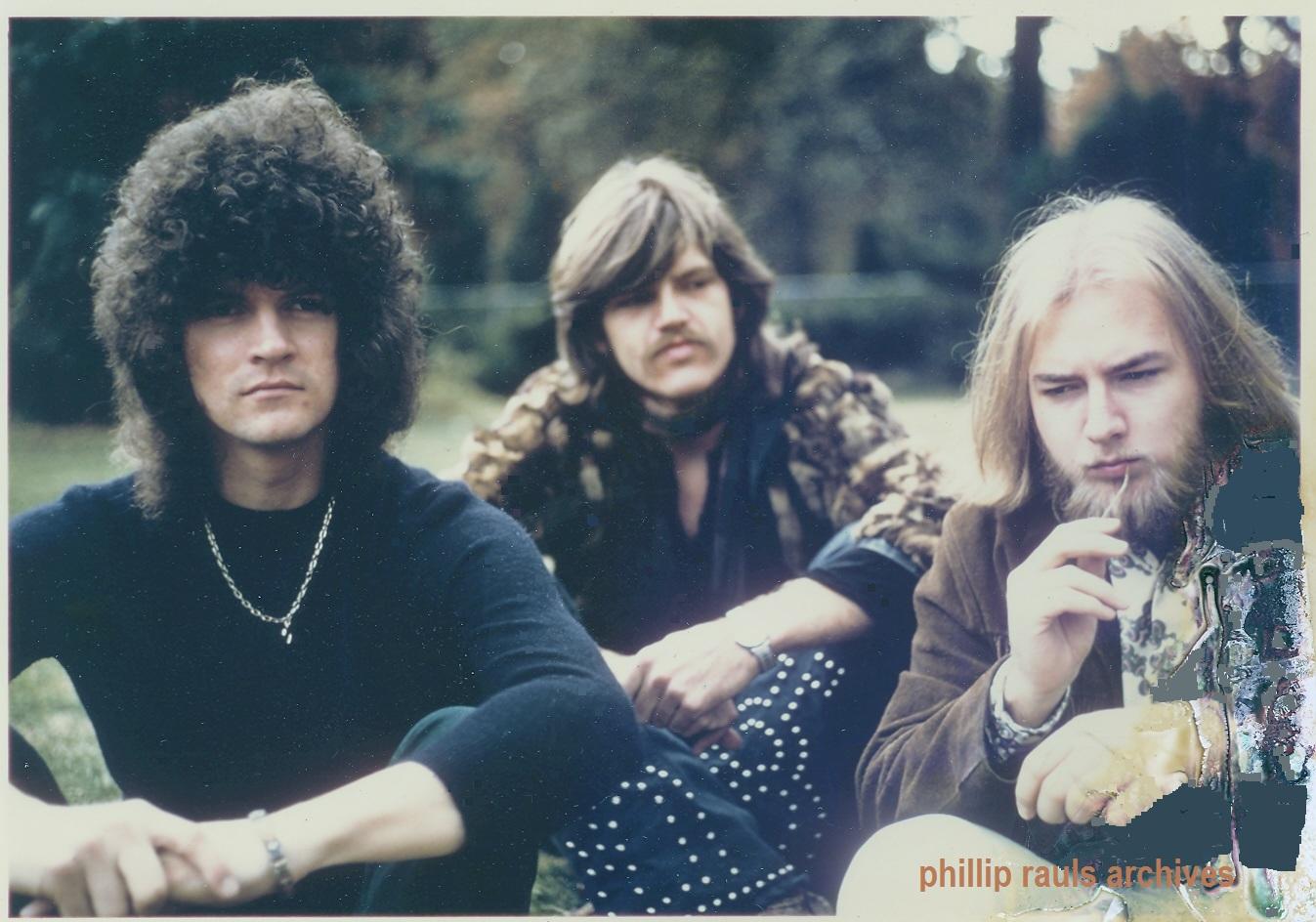 Woodley, Raspberry y Rosebrough fotografía de Philip Rauls