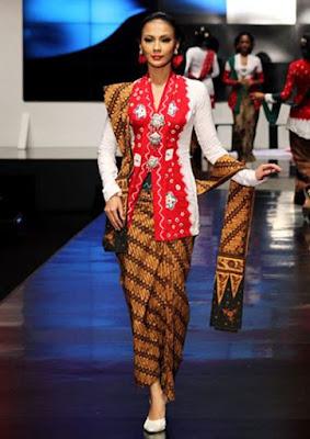 Baju Kebaya Encim Merah Putih Selendang Batik Anggun Klasik Modern