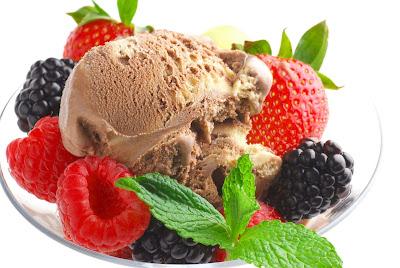 strawberry-raspberry-blackberry-ice-cream-new-image