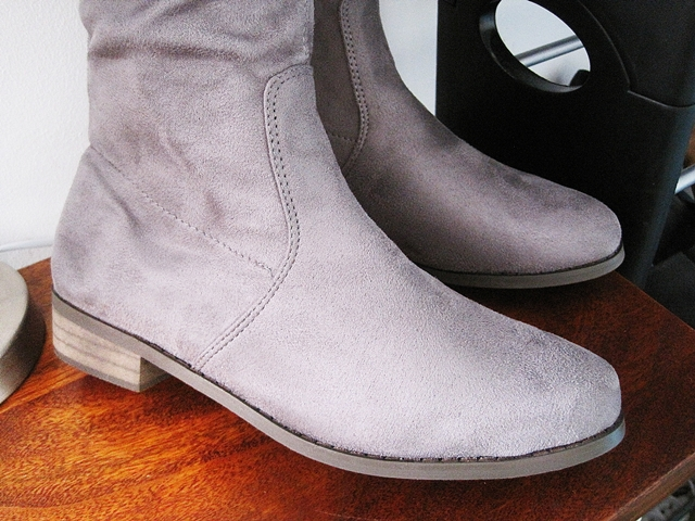 http://www.zaful.com/flat-heel-flock-zipper-thing-high-boots-p_209282.html?lkid=17770