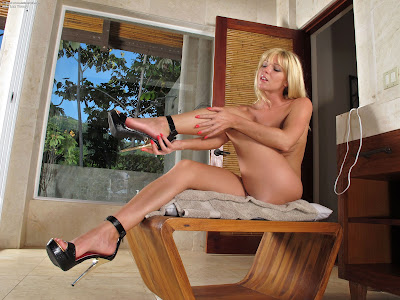 InTheCrack 872 Niki Lee Young XXX Full Picture Set