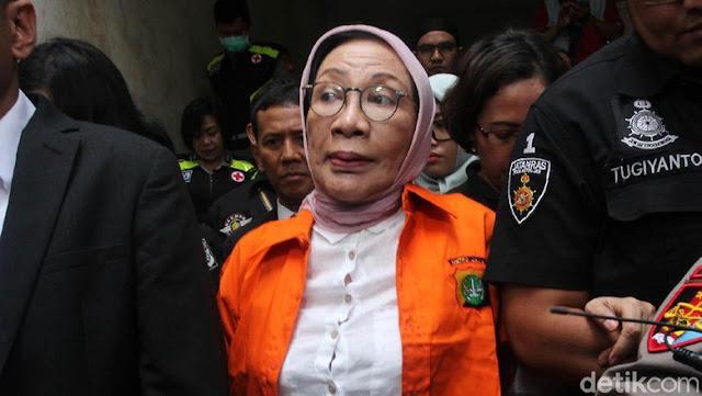 Kecurigaan Tim Prabowo pada Pujian Jokowi ke Ratna Sarumpaet
