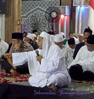 Hindarilah Shalawat Buntung!