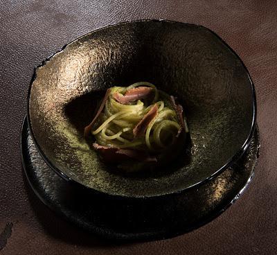 Spaghetti al tè verde matcha, wasabi e bottarga- Carlo Cracco