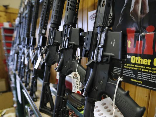 berhil press Le juge fédéral confirme l'interdiction du Massachusetts sur AR-15, les magazines de grande capacité.