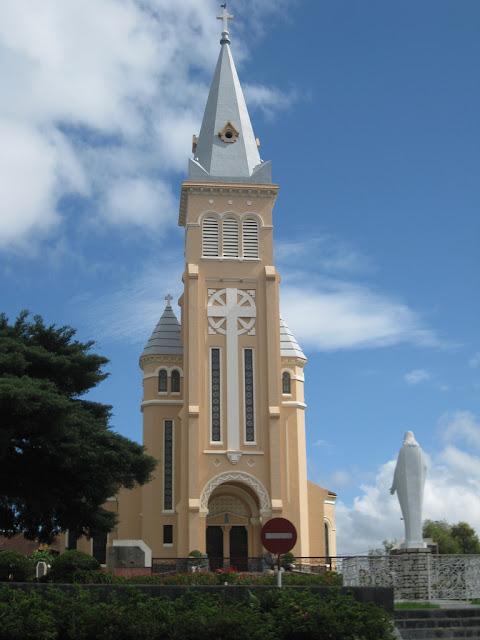 Campana de la Catedral de Dalat