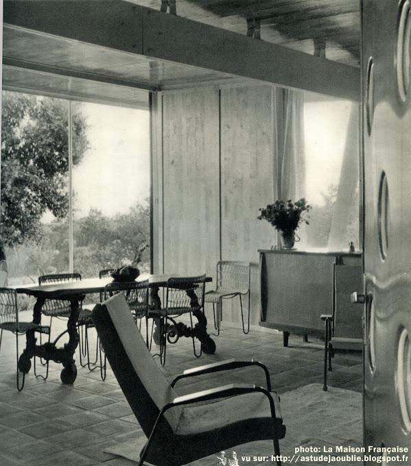 Guerrevieille - Maison Lopez  Architectes: Raymond Lopez, Henri Prouvé  Constructeur: Jean Prouvé  Construction: 1951 - 1954  Démontée      Photos: P. Molinard, Texte: M. A. Febvre-Desportes - La Maison Française - 1957