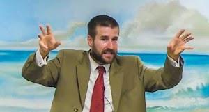 """Pastor sugere que executem gays por um """"Natal livre de Aids"""""""