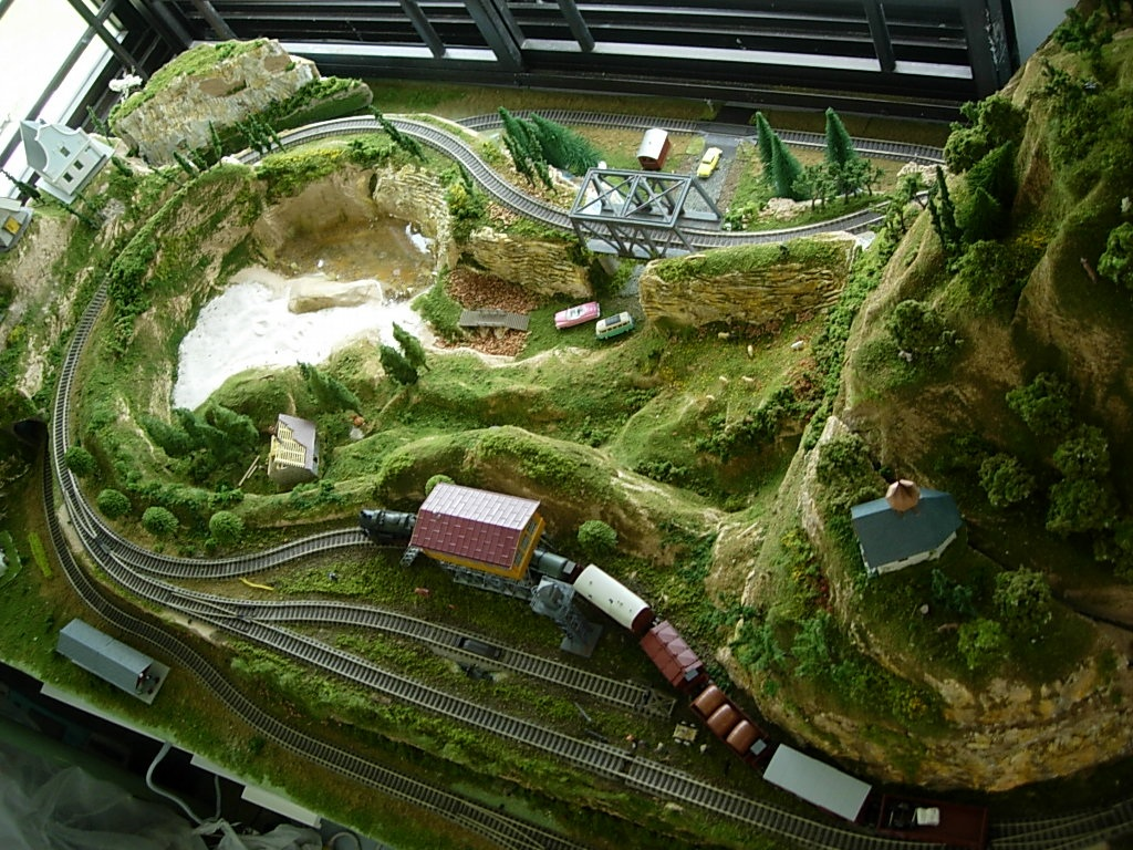 organizer japanese n scale model train layouts