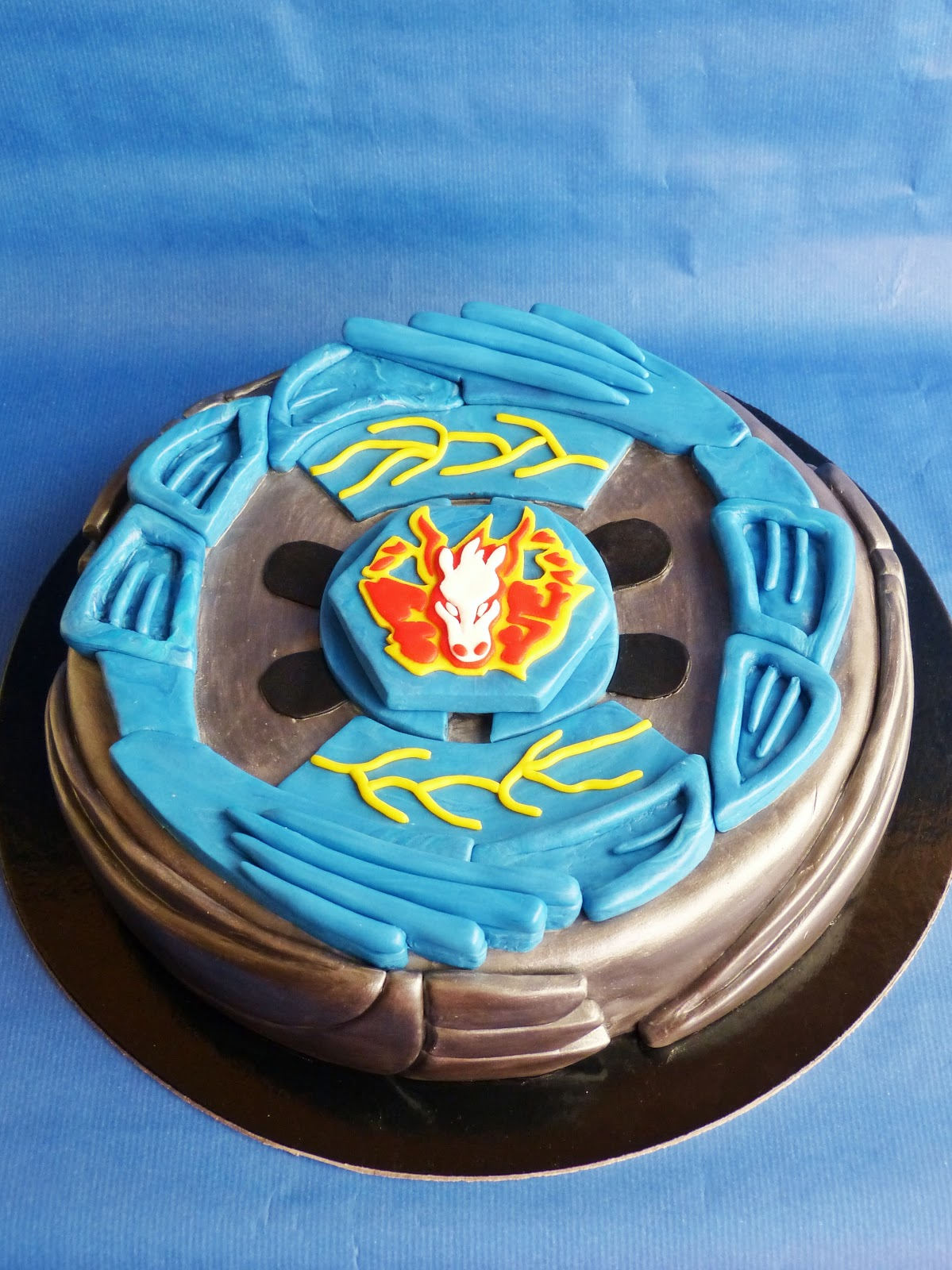 Beyblade Cake Crazy Cakes Pinterest Fiesta And Cumple
