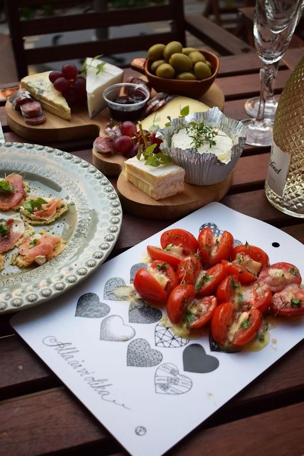 Ugnsbakade tomater med brie