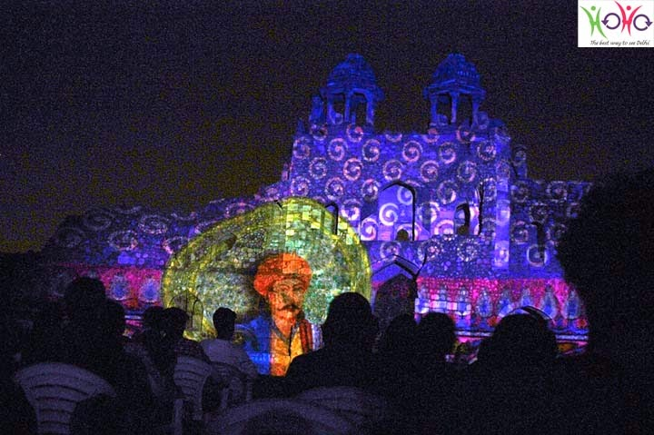 Delhi by Evening Tour- Ishq-e-Dilli show at Purana Quilla HOHO bus