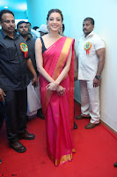 Kajal Aggarwal in Red Saree Sleeveless Black Blouse Choli at Santosham awards 2017 curtain raiser press meet 02.08.2017 014.JPG