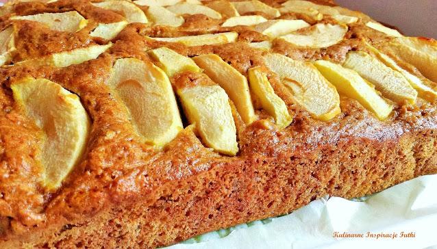ciasto z jabłkami i marchewką